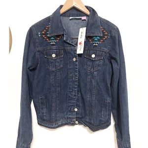 NWT Pink cattlac Aztec embroidered denim jacket